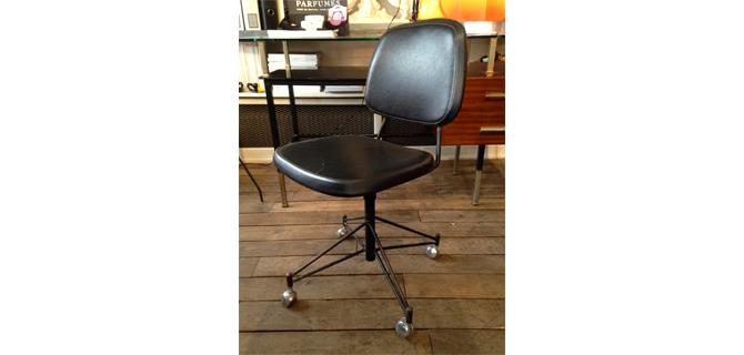 chaise de bureau paulin l 39 art la fa on. Black Bedroom Furniture Sets. Home Design Ideas