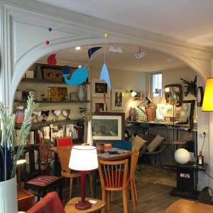 boutique vintage meubles luminaires atelier d'encadrement showroom de décoration paris 17 batignolles place de clichy lartetlafaçon lartetlafacon