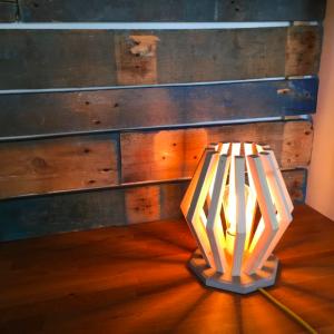 lampe design bois thibautandthewood