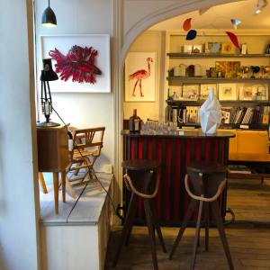 brocante batignolles meuble vintage bar galerie dart rue nollet batignolles deco lartetlafaçon