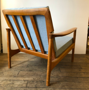 fauteuil chauffeuse vintage scandinave grete jalk dos vintage lartetlafaçon batignolles brocante