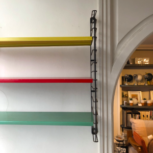 etagere vintage tomado tricolore metal vert rouge jaune boutiquebatignolles lartetlfacon rue nollet paris17
