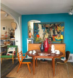 magasin meuble scandinave vintage paris antiquaire brocante decoration batignolleslartetlafaçon