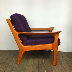fauteuil danois scandinave en teck danish design armchair violet lartetlafaçon paris brocante galerie meuble scandinave profil